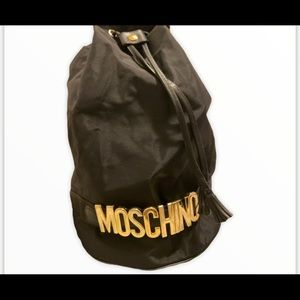✨RARE FIND✨ AUTHENTIC vintage Moschino bucket bag